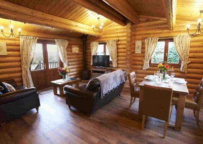 Hawthorn-Lodge-Lounge-Eye-Kettleby-Lakes