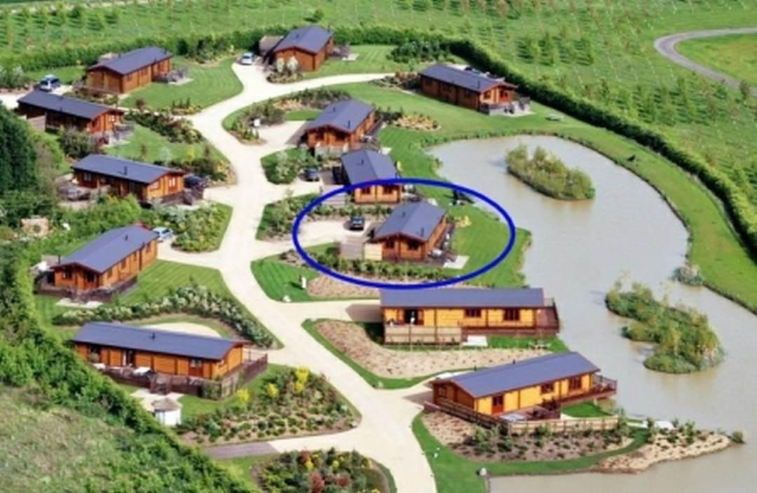 hawthorn lodge aerial eyekettleby lakes