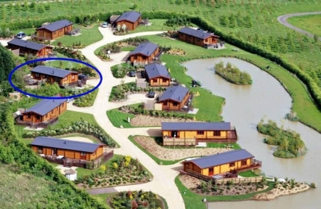 rowan lodge aerial eyekettleby lakes