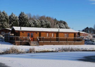Holly-Lodge-Snow-Eye-Kettleby-Lakes