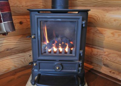 Oak-Lodge-Fire-Eye-Kettleby-Lakes