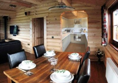 Rowan-Lodge-Dining-Eye-Kettleby-Lakes