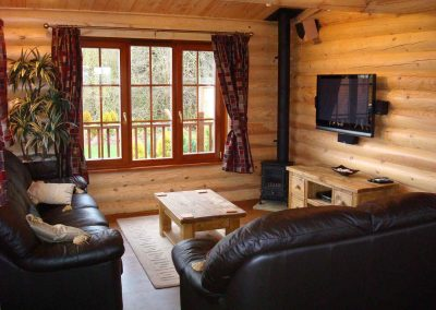 Rowan-Lodge-Lounge-Eye-Kettleby-Lakes