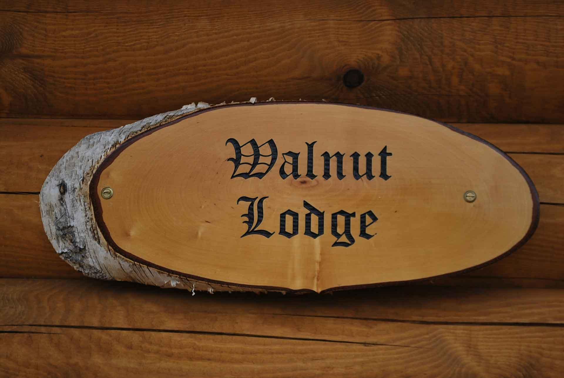 Walnut-Lodge-Sign-Eye-Kettleby-Lakes