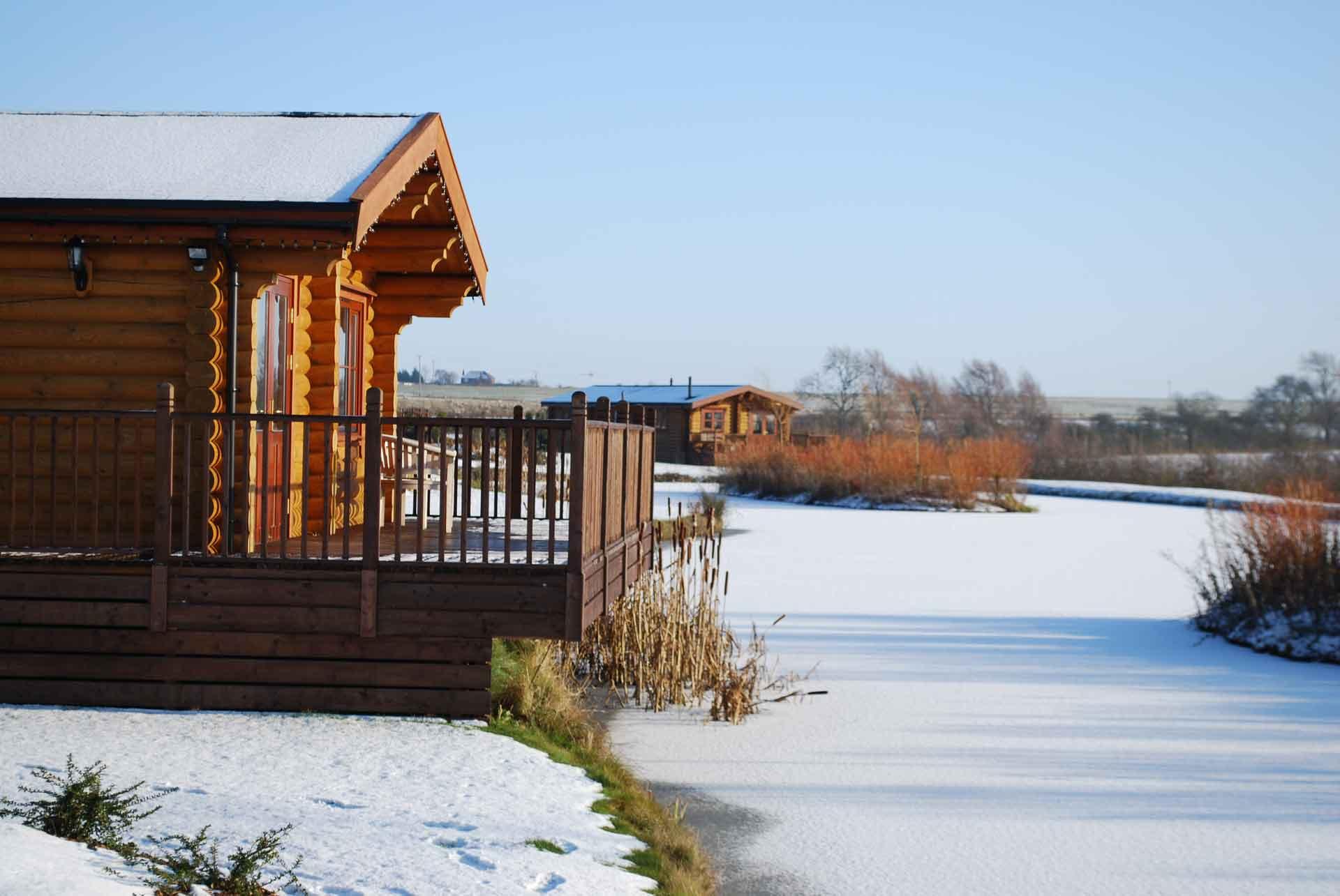 Walnut-Lodge-Winter-Eye-Kettleby-Lakes