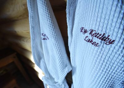 Willow-Lodge-Robes-Eye-Kettleby-Lakes