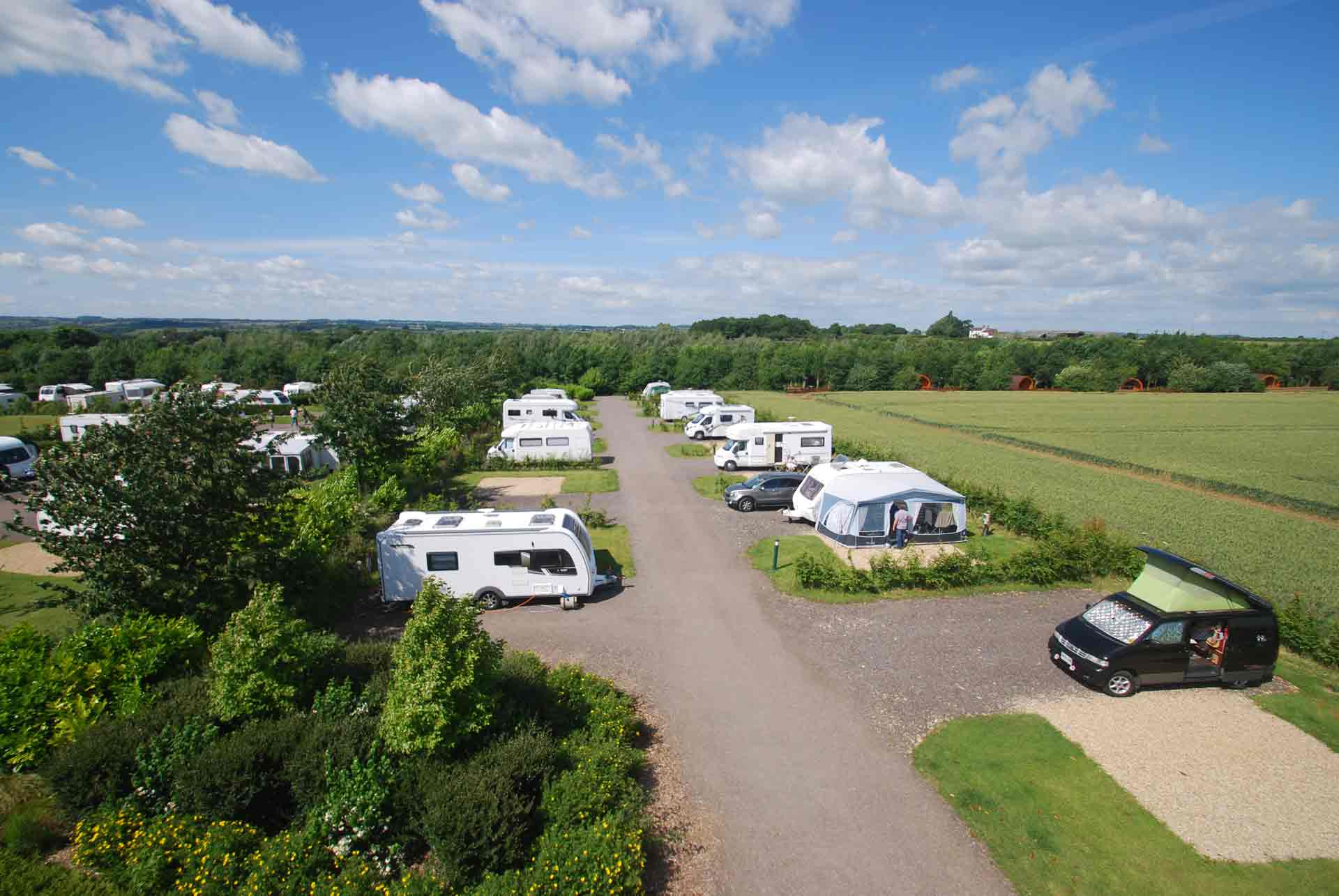 Eye-Kettleby-Lakes-Touring-Park-Standard-Pitches
