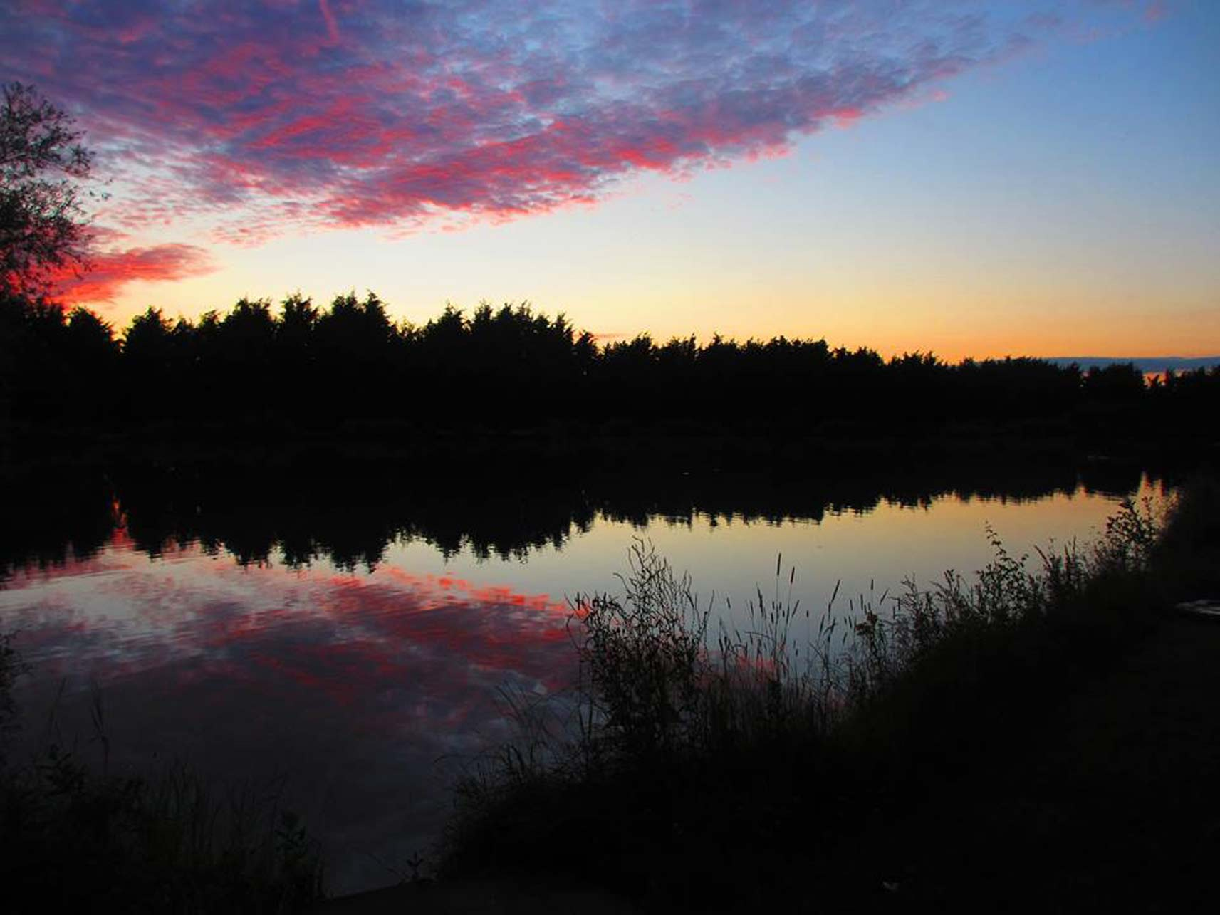 Eye-Kettleby-Lakes-Fishing-Sunset