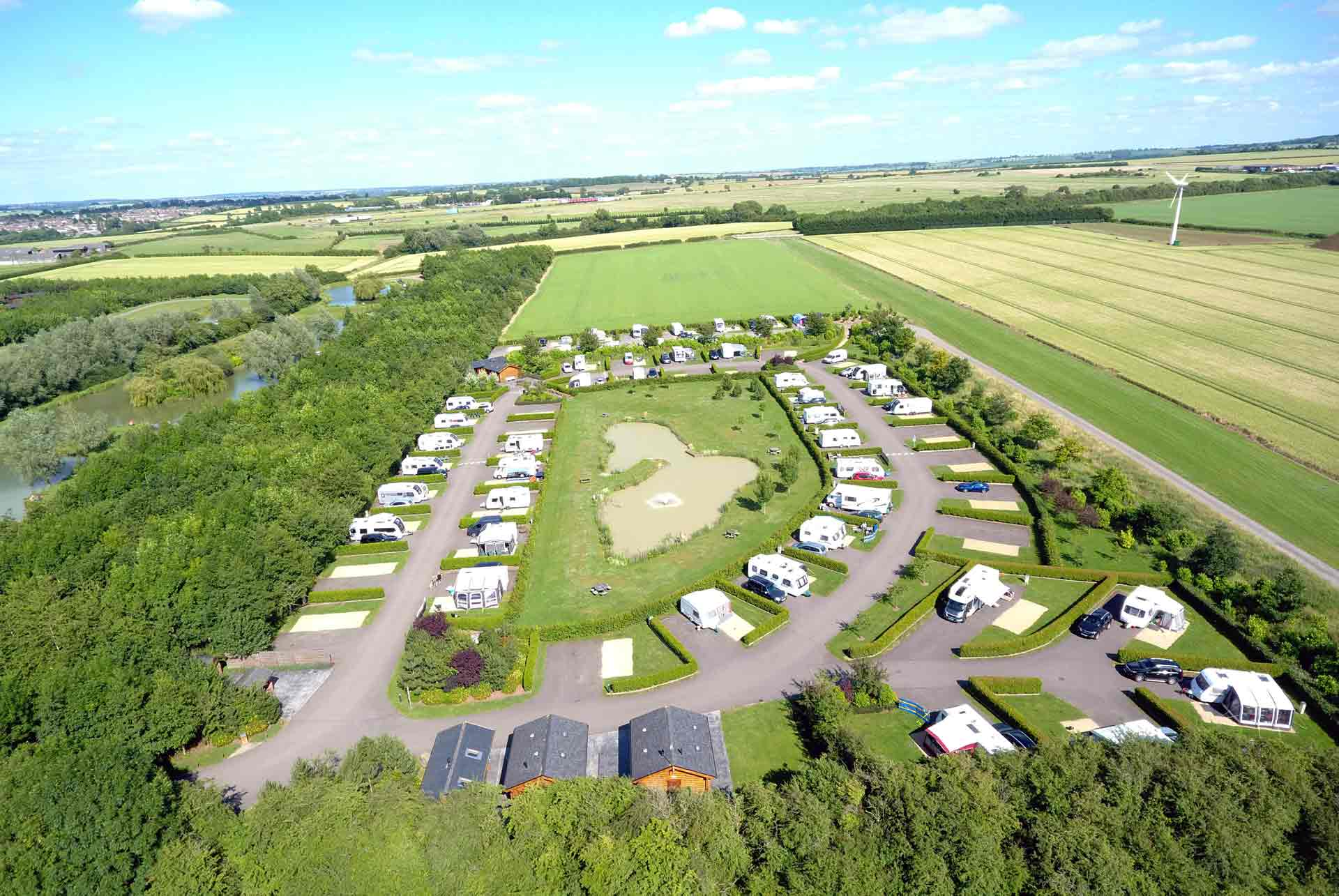 Eye-Kettleby-Lakes-Aerial-Caravan-Park