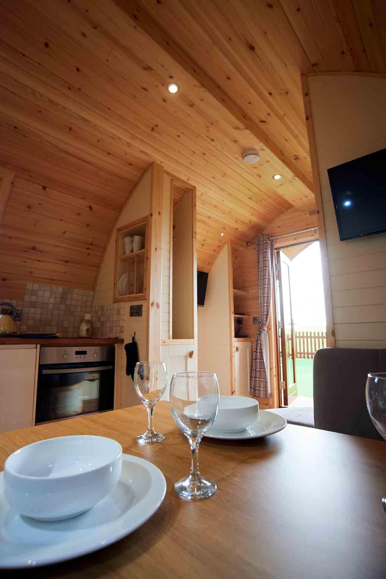 Eye-Kettleby-Lakes-Glamping-Kitchen-Area-2