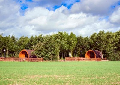 Eye-Kettleby-Lakes-Glamping-Park-Book-Now