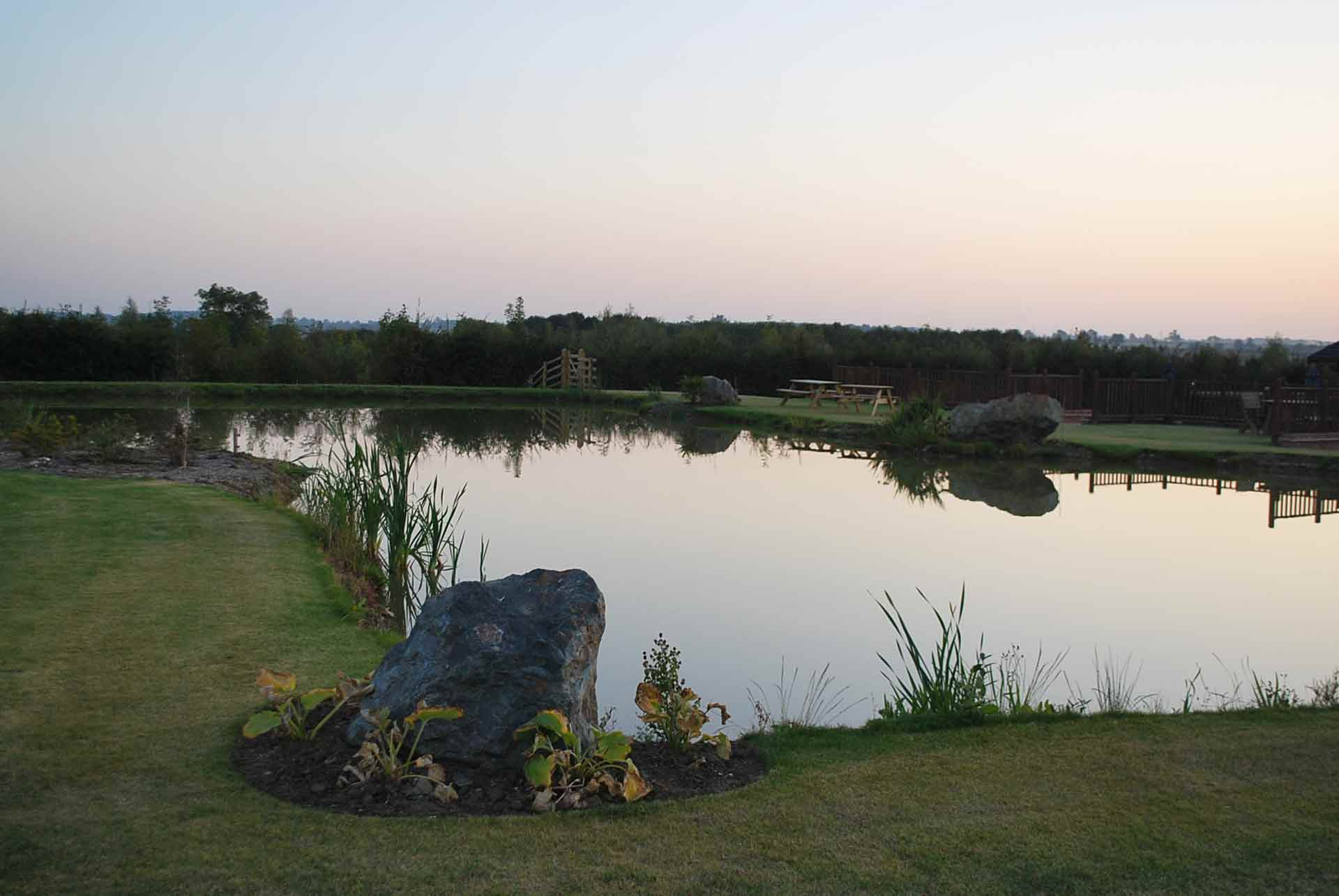 Eye-Kettleby-Lakes-Kingfisher-Lake-Bottom-End
